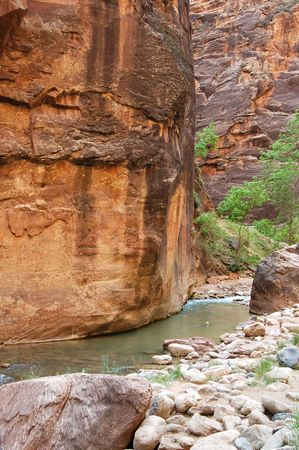 A river runs through the sandstone red rock country in the southwest USA. Stock Photo - 1290515