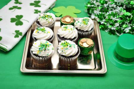 st  patty's: Irish Decorated Cupcake