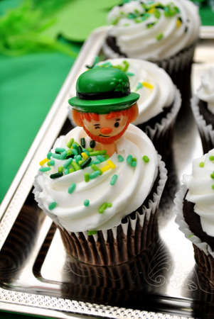 saint pattys: Irish decorato Cupcake Archivio Fotografico