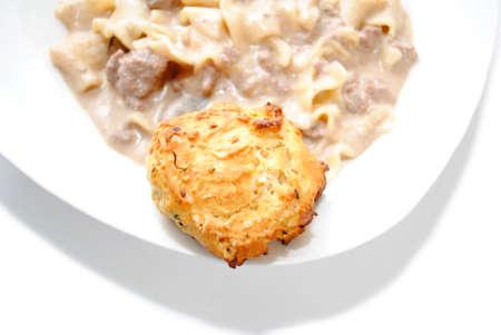 Un Biscuit comme un plat côté d'un dîner sauce Pasta Banque d'images - 28593424