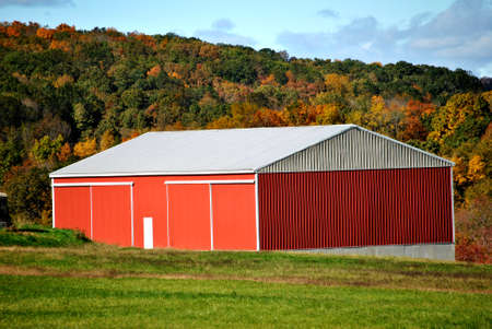 red barn: Country Red Barn