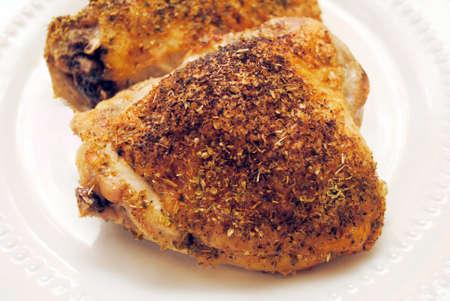 thighs: Crujientes asada horno muslos de pollo