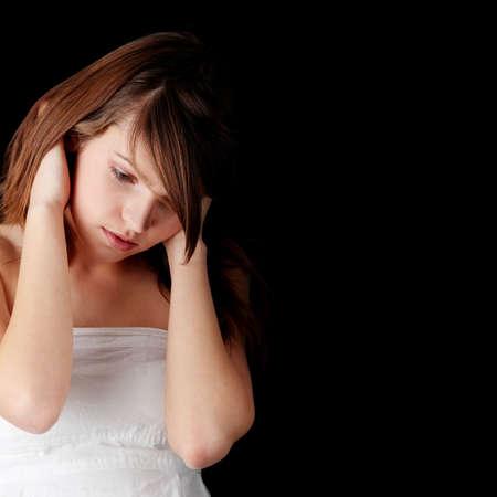 teenage problems: Depresi�n adolescente - perdido amor, problemas de adolescentes - aislados en fondo negro Foto de archivo