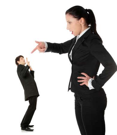 Businesswoman shouting auf Mann, isolated on white background