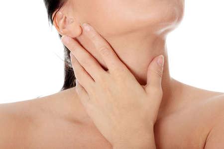 neck�: Concepto de dolor de garganta. Joven con tocar su garganta.