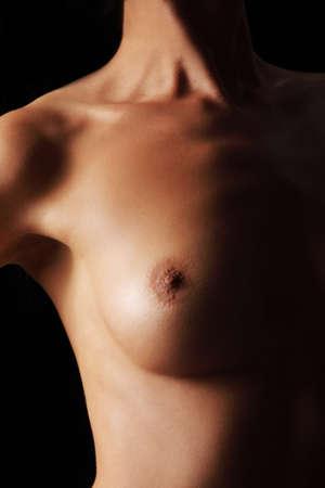 desnudo artistico: El cuerpo desnudo de mujer sexy. hermosa chica sensual. Fotograf�a en color art�stico. Foto de archivo
