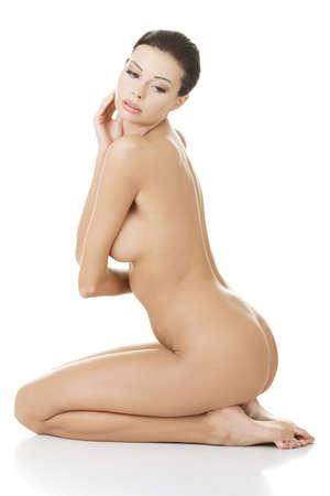 nudo di donna: Sexy donna felice in forma nuda con pelle sana pulita, isolato su sfondo bianco Archivio Fotografico