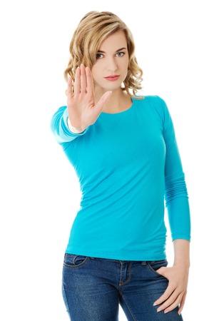 Vrouw die GEEN gebaar met de hand uitdrukken