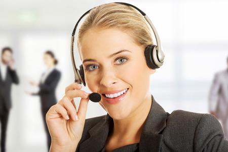 Call center vrouw gesprek met de klant. Stockfoto