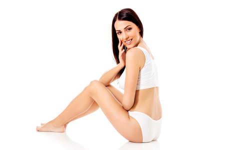 Jung, sportlich, fit und schönes Mädchen in der sportlichen Unterwäsche. Standard-Bild - 73143466