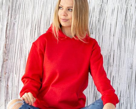 Woman in red hoodie for mockup 版權商用圖片