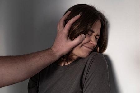 Woman abuse, domestic violence. 版權商用圖片