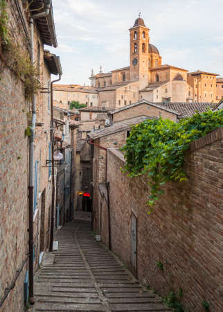 urbino: Narrow alley in the city center of Urbino