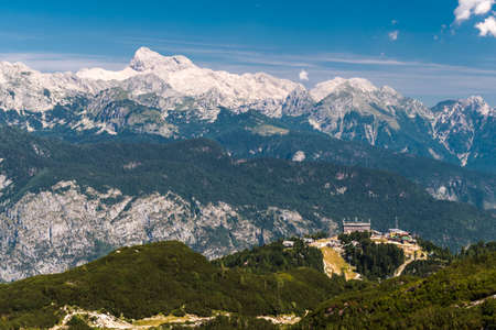 The mount Triglav, the highest peak in Slovenia, as seen from the Vogel touristic area Imagens