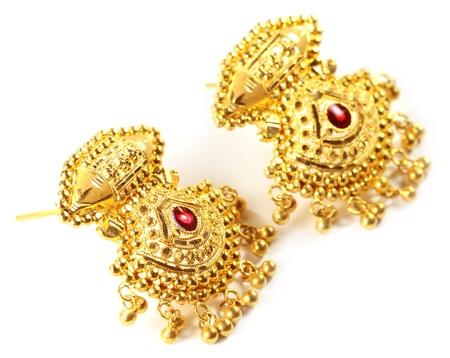 Indian wedding earrings for bride photo