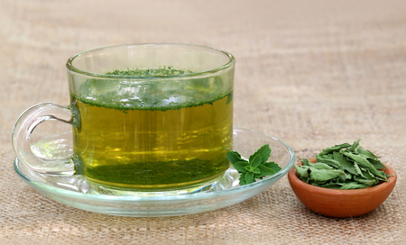 steviol: Tea with Green and dired Stevia leaves