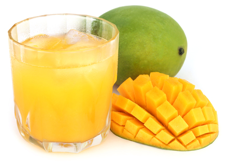 mango: Mango juice with fresh fruits over white background Zdjęcie Seryjne