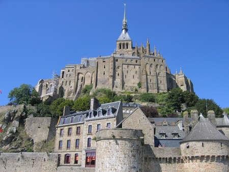 benedictine: Mont Santo Michel, Normand�a, Francia, Foto de archivo