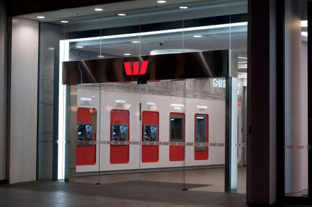 Brisbane, Queensland, Australia - 27th November 2019 : View of the Westpac bank entrance hall in Queenstreet with many ATMs inside Sajtókép