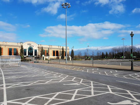 Manchester, England, United Kingdom - 04/02/2020: Deserted John Lewis at Trafford Centre during coronavirus (COVID-19). Éditoriale