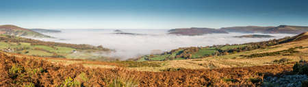 brecon beacons: In Autumn the low cloud can sit in the Usk Valley with clear skies above. Brecon Beacons, November