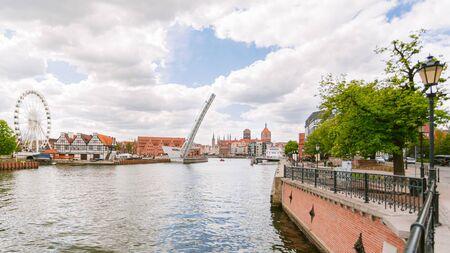 Beautiful scenery of Gdansk city over Motlawa river, Poland. Gdansk is the historical capital of Polish Pomerania with beautiful architecture. 版權商用圖片