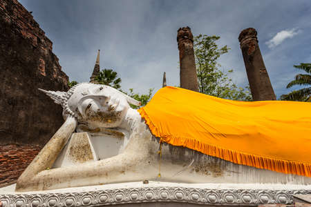 ayutthaya: Ancient Temple and Statue Buddha of Ayutthaya Thailand
