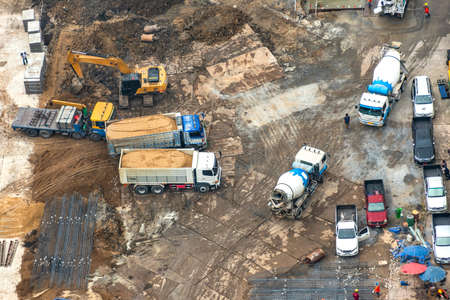 Aerial view of site preparation and construction in progress. Stockfoto