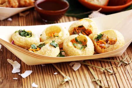 Pani Puri indian street food. Golgappe, Chat item, India 版權商用圖片