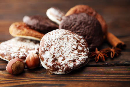 Typical German Gingerbreads such as Lebkuchen and Aachener Printen. christmas cookies with spices. Reklamní fotografie
