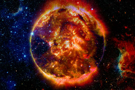 The Sun is the star at the center of the Solar System. Banco de Imagens