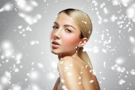 anti ageing: blondy in a snow