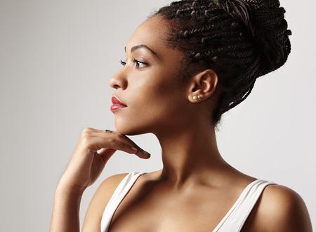 seins nus: profil d'une beaut� noire femme latin Banque d'images