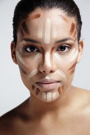 vrouw met een gezicht correctie