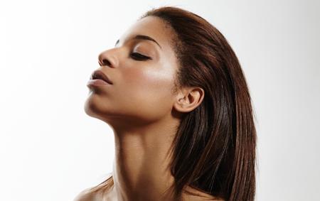 masajes faciales: el perfil de una belleza mujeres negras