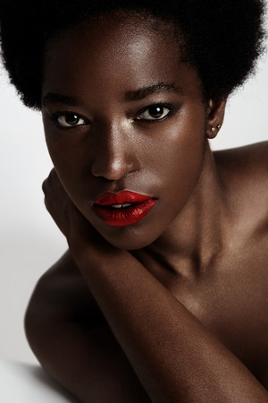 ideal: beauty black woman with ideal skin LANG_EVOIMAGES
