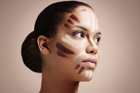 correction: facial correction makeup LANG_EVOIMAGES