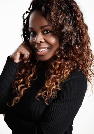 femme noire nue: femme noire avec un grand cheveux