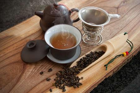 Kop van Oolong thee en accessoires Stockfoto