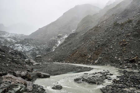 Franz Josef Glacier in rainning day,Westland Tai Poutini National Park. 免版税图像