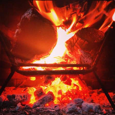 炭を焼く 写真素材