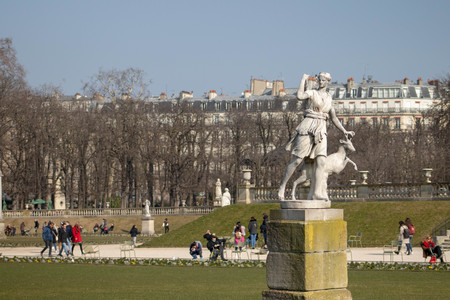 Frolic with Goat Statue, Paris France Redactioneel