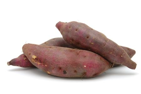 Japonais patates douces dans des zones isol�es sur fond blanc
