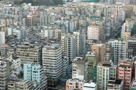 over packed: Veduta di appartamenti condizionati a Hong Kong