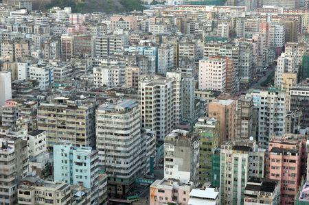 over packed: Ver de envase de apartamentos en Hong Kong