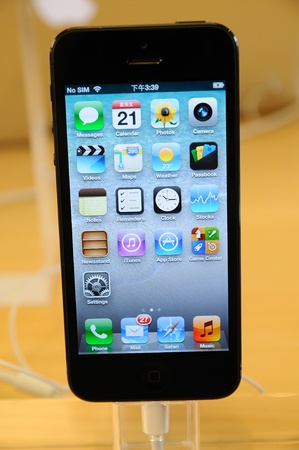 Close up of black iPhone 5 display in Hong Kong Apple store Stock Photo - 16093754