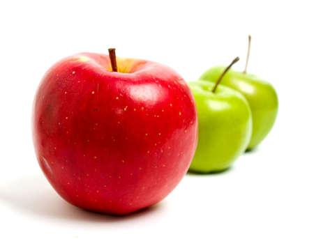 赤と緑のリンゴ