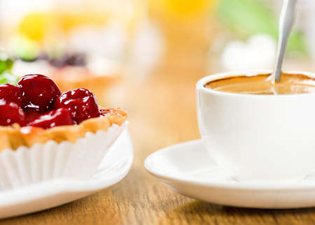 cup cakes: Dessert and coffee