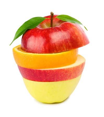 comiendo frutas: Mezcla de fruta. Aislados sobre fondo blanco.