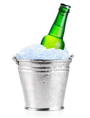 beer in ice Imagens - 11237102
